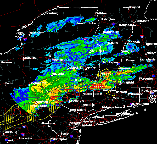 Radar Image for Severe Thunderstorms near Canaan, CT at 5/15/2018 3:32 PM EDT