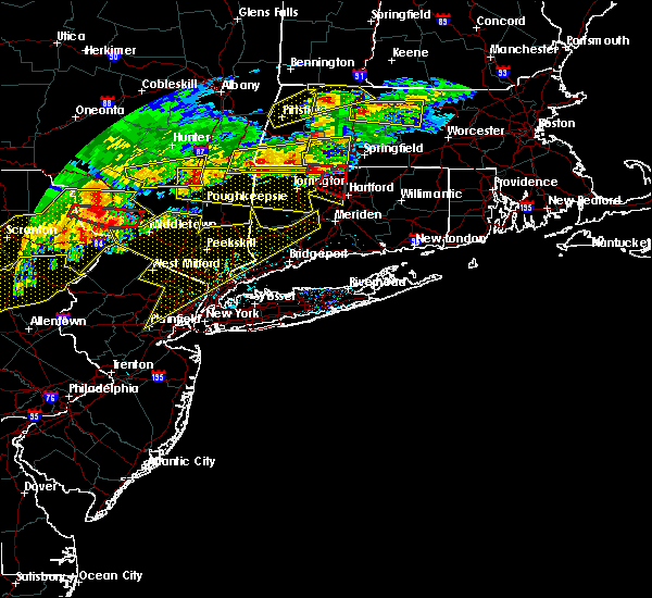 Radar Image for Severe Thunderstorms near Fanwood, NJ at 5/15/2018 3:39 PM EDT
