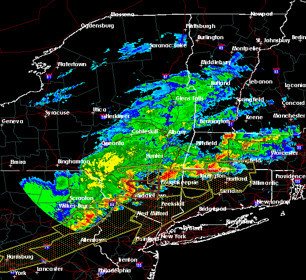 Radar Image for Severe Thunderstorms near New Windsor, NY at 5/15/2018 4:00 PM EDT