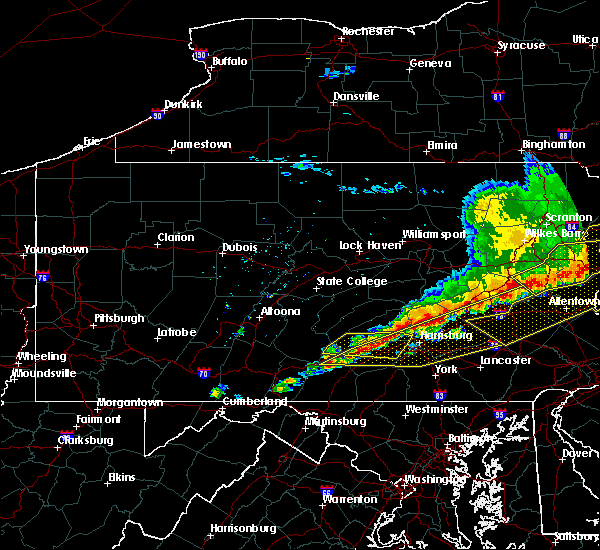 Radar Image for Severe Thunderstorms near Landingville, PA at 5/15/2018 4:04 PM EDT