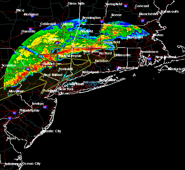 Radar Image for Severe Thunderstorms near Lincolndale, NY at 5/15/2018 4:10 PM EDT