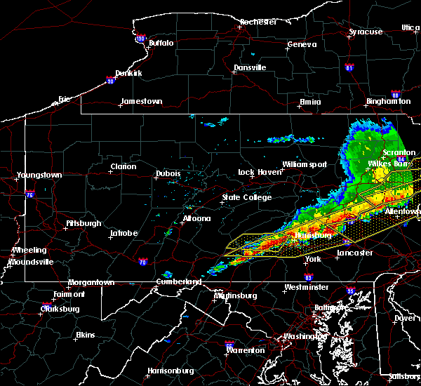 Radar Image for Severe Thunderstorms near New Cumberland, PA at 5/15/2018 4:17 PM EDT