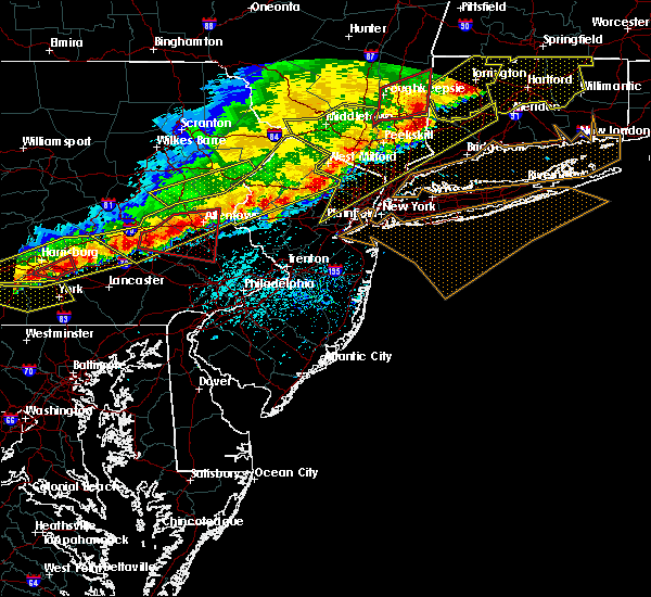Radar Image for Severe Thunderstorms near Fivepointville, PA at 5/15/2018 4:45 PM EDT