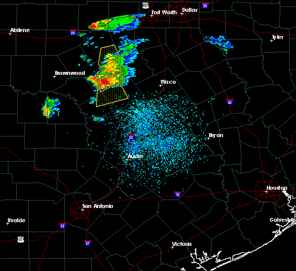 Radar Image for Severe Thunderstorms near Gatesville, TX at 5/15/2018 3:55 PM CDT