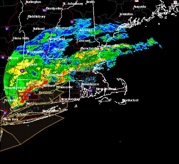Radar Image for Severe Thunderstorms near Framingham, MA at 5/15/2018 5:04 PM EDT