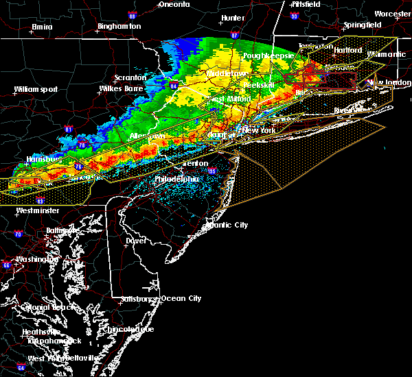 Radar Image for Severe Thunderstorms near Kenvil, NJ at 5/15/2018 5:14 PM EDT