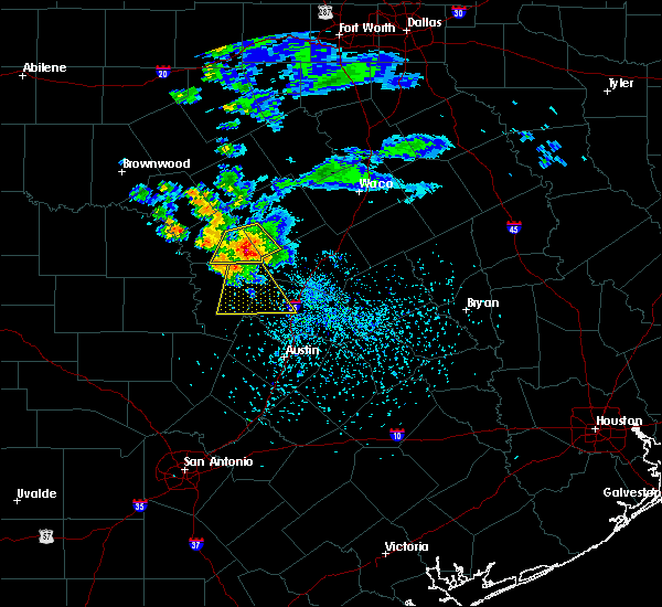 Radar Image for Severe Thunderstorms near Lampasas, TX at 5/15/2018 5:21 PM CDT