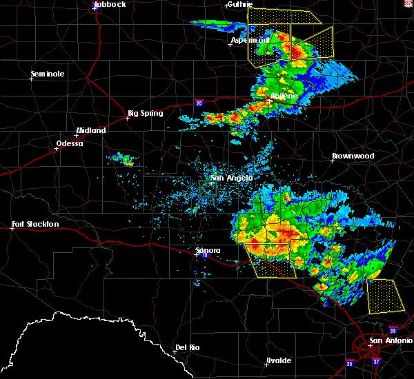 Radar Image for Severe Thunderstorms near Junction, TX at 5/15/2018 8:32 PM CDT