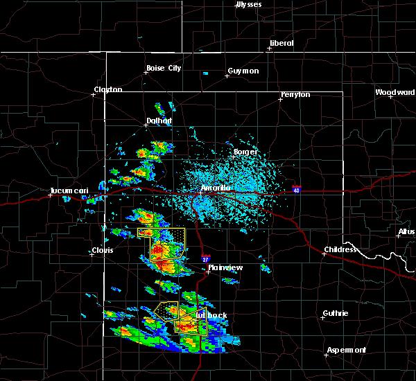 Radar Image for Severe Thunderstorms near Dimmitt, TX at 5/17/2018 4:22 PM CDT