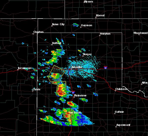 Radar Image for Severe Thunderstorms near Dimmitt, TX at 5/17/2018 4:34 PM CDT