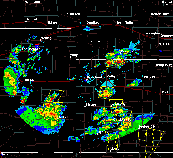 Radar Image for Severe Thunderstorms near Oberlin, KS at 5/18/2018 7:31 PM CDT