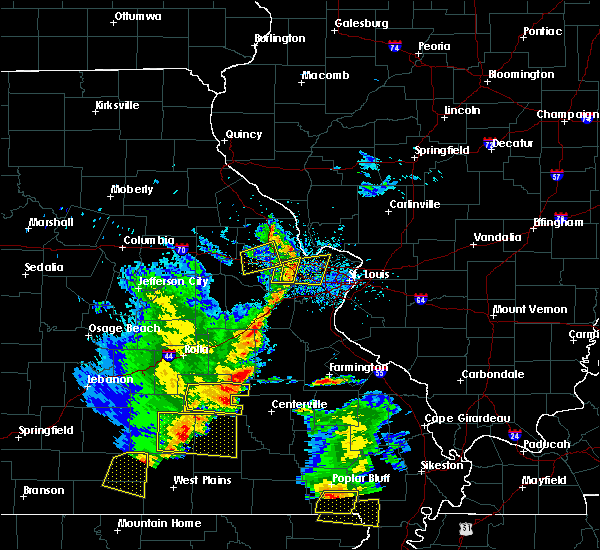 Radar Image for Severe Thunderstorms near St. Peters, MO at 5/19/2018 2:43 PM CDT