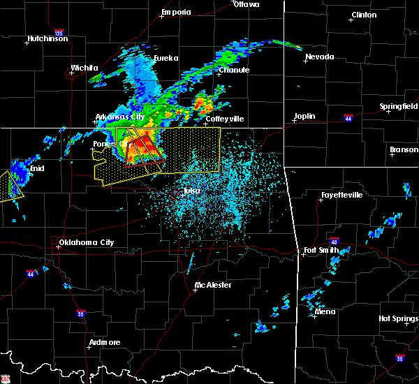 Radar Image for Severe Thunderstorms near Wynona, OK at 5/19/2018 3:26 PM CDT