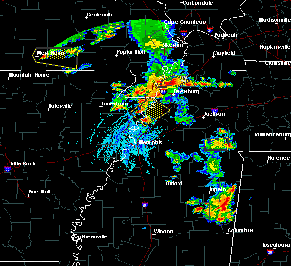 Radar Image for Severe Thunderstorms near Blytheville, AR at 5/19/2018 3:55 PM CDT