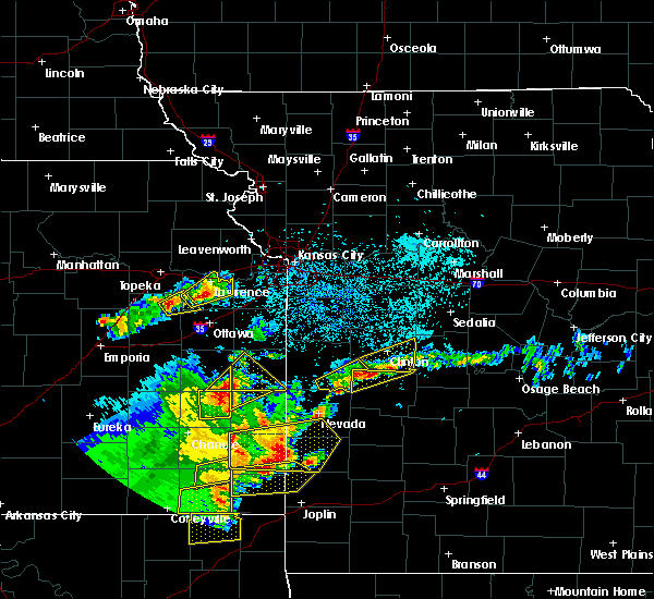 Radar Image for Severe Thunderstorms near La Due, MO at 5/19/2018 5:00 PM CDT