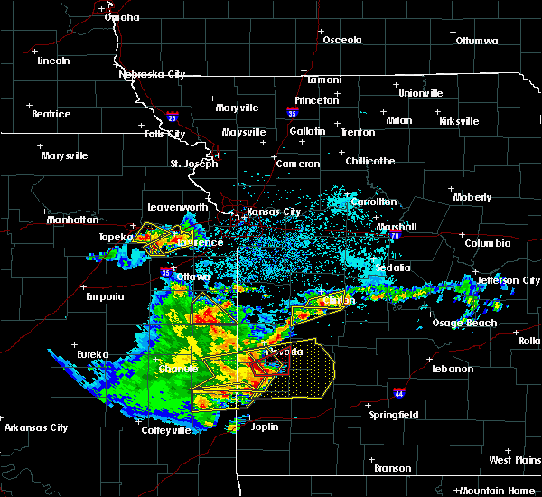 Radar Image for Severe Thunderstorms near Deepwater, MO at 5/19/2018 5:22 PM CDT