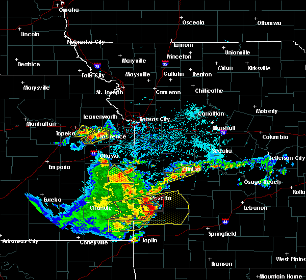 Radar Image for Severe Thunderstorms near Appleton City, MO at 5/19/2018 5:25 PM CDT