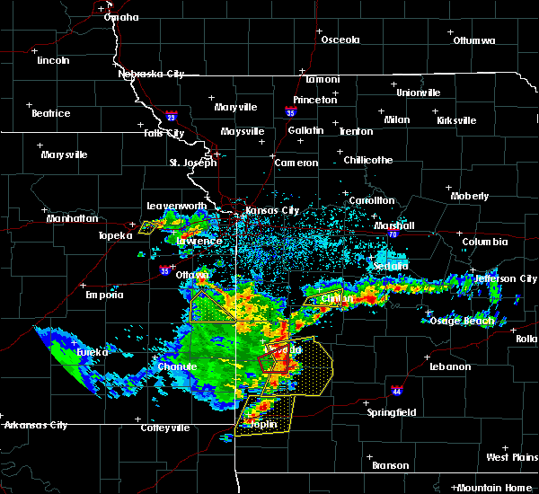 Radar Image for Severe Thunderstorms near Deepwater, MO at 5/19/2018 5:44 PM CDT