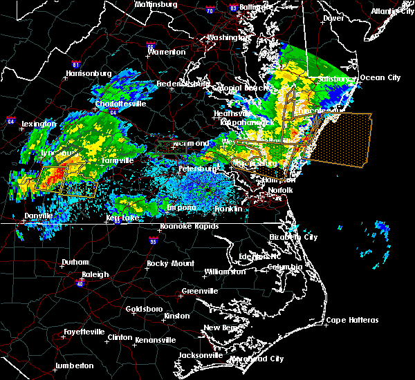 Radar Image for Severe Thunderstorms near Charlotte Court House, VA at 5/22/2018 8:30 PM EDT