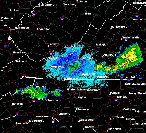 Radar Image for Severe Thunderstorms near Charlotte Court House, VA at 5/22/2018 9:29 PM EDT