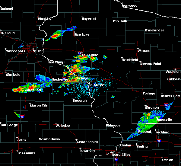 Radar Image for Severe Thunderstorms near Winona, MN at 5/25/2018 4:06 PM CDT