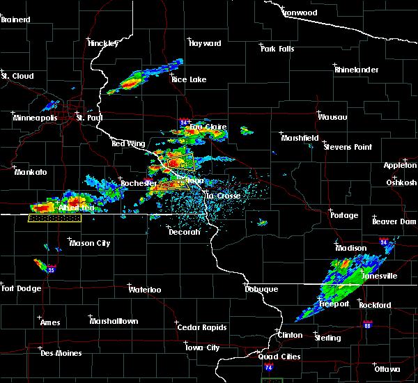 Radar Image for Severe Thunderstorms near Winona, MN at 5/25/2018 4:15 PM CDT