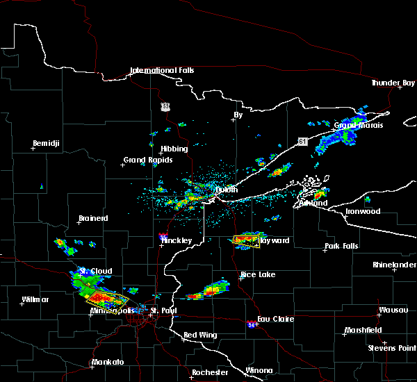 Radar Image for Severe Thunderstorms near Hayward, WI at 5/25/2018 4:33 PM CDT