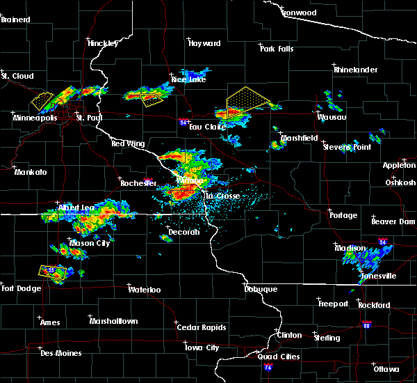 Radar Image for Severe Thunderstorms near Gilman, WI at 5/25/2018 5:04 PM CDT