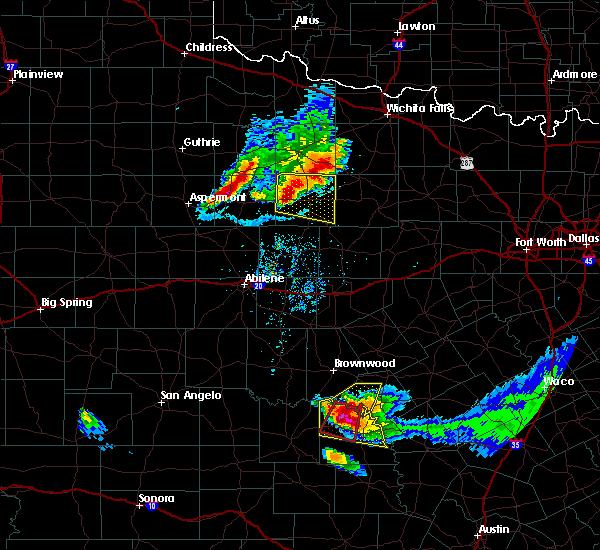 Radar Image for Severe Thunderstorms near Mullin, TX at 5/25/2018 8:54 PM CDT