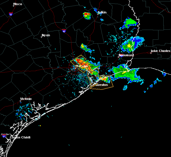 Radar Image for Severe Thunderstorms near Channelview, TX at 5/26/2018 8:35 PM CDT