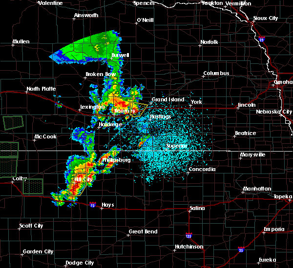 Radar Image for Severe Thunderstorms near Grand Island, NE at 5/28/2018 1:13 PM CDT
