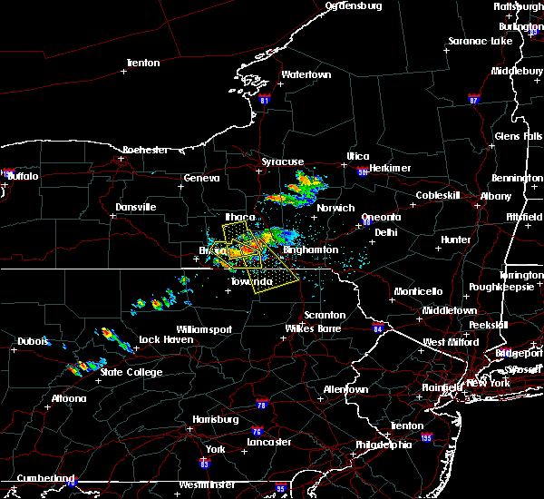 Radar Image for Severe Thunderstorms near Endicott, NY at 5/28/2018 4:17 PM EDT