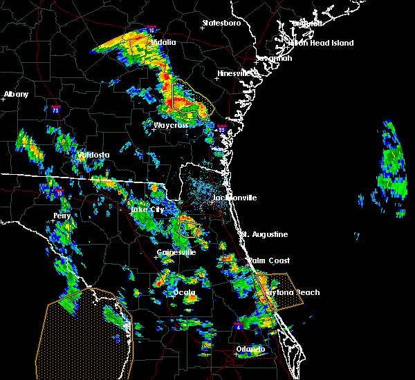 Radar Image for Severe Thunderstorms near Jesup, GA at 5/28/2018 5:44 PM EDT