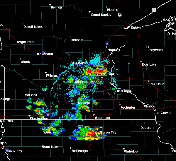 Radar Image for Severe Thunderstorms near Fridley, MN at 5/28/2018 5:32 PM CDT