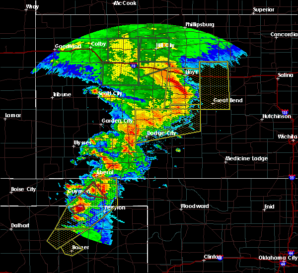 Radar Image for Severe Thunderstorms near Jetmore, KS at 5/28/2018 9:13 PM CDT