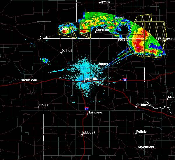 Radar Image for Severe Thunderstorms near Goodwell, OK at 5/30/2018 10:21 PM CDT