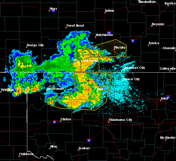 Radar Image for Severe Thunderstorms near Jet, OK at 5/31/2018 12:32 AM CDT