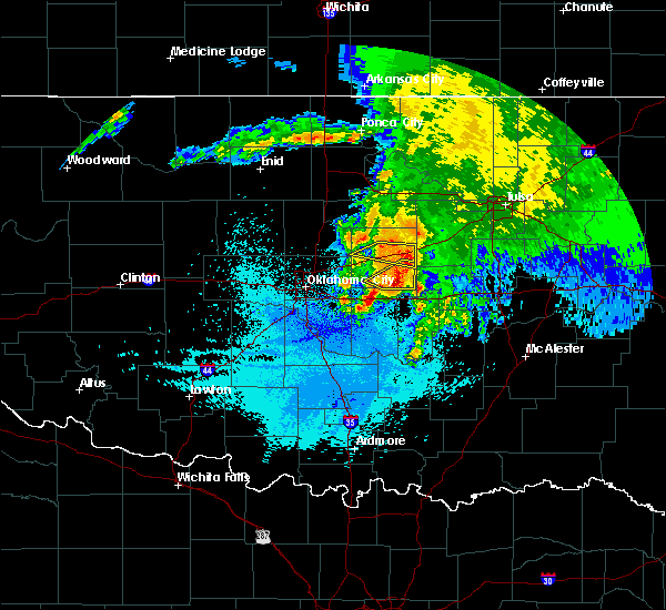 Radar Image for Severe Thunderstorms near Prague, OK at 5/31/2018 4:15 AM CDT