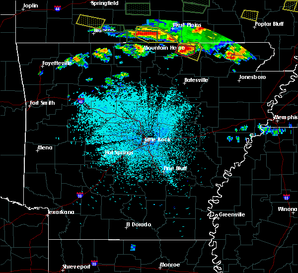 Radar Image for Severe Thunderstorms near Salem, AR at 5/31/2018 9:47 PM CDT