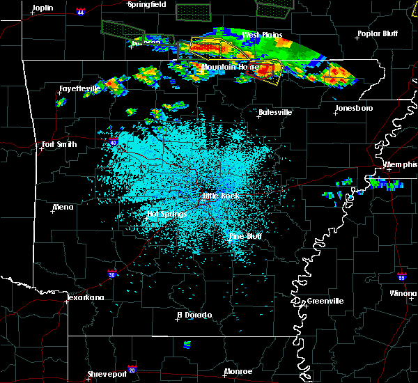Radar Image for Severe Thunderstorms near Ash Flat, AR at 5/31/2018 9:55 PM CDT