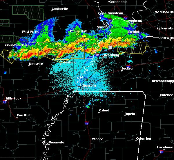 Radar Image for Severe Thunderstorms near Paragould, AR at 5/31/2018 11:46 PM CDT