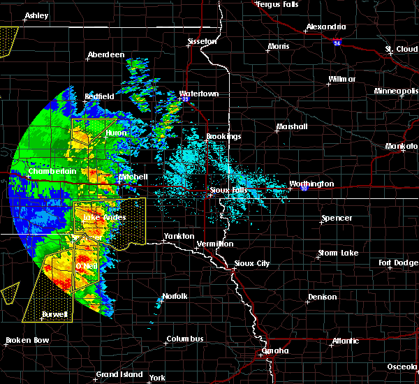 Radar Image for Severe Thunderstorms near Scotland, SD at 6/1/2018 8:03 PM CDT