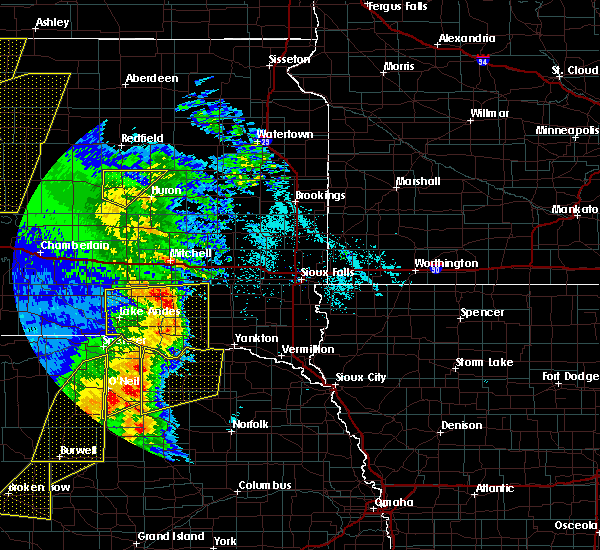 Radar Image for Severe Thunderstorms near Scotland, SD at 6/1/2018 8:28 PM CDT