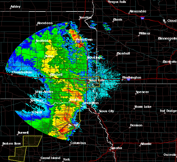 Radar Image for Severe Thunderstorms near Wynot, NE at 6/1/2018 10:03 PM CDT
