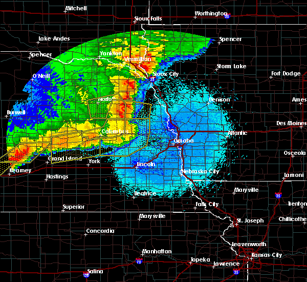Radar Image for Severe Thunderstorms near Rising City, NE at 6/1/2018 11:14 PM CDT