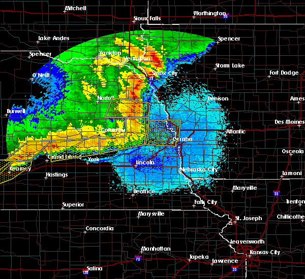 Radar Image for Severe Thunderstorms near Rising City, NE at 6/1/2018 11:29 PM CDT