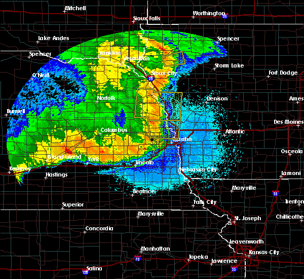 Radar Image for Severe Thunderstorms near Moorhead, IA at 6/2/2018 12:00 AM CDT