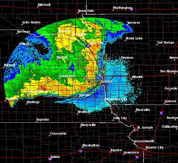Radar Image for Severe Thunderstorms near Moorhead, IA at 6/2/2018 12:05 AM CDT
