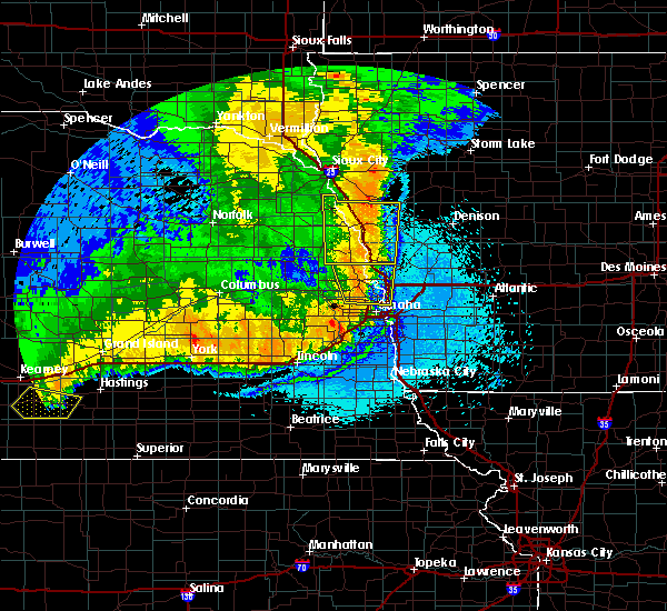 Radar Image for Severe Thunderstorms near Moorhead, IA at 6/2/2018 12:15 AM CDT