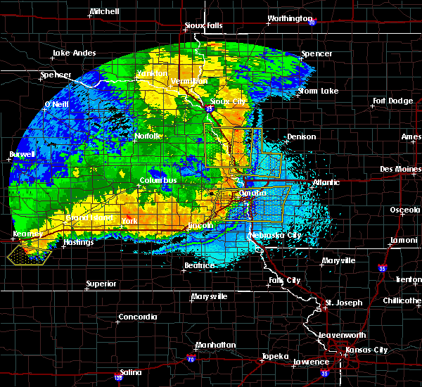 Radar Image for Severe Thunderstorms near Moorhead, IA at 6/2/2018 12:24 AM CDT